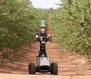 """金山创业青年""""模块化农业机器人""""项目获奖"""